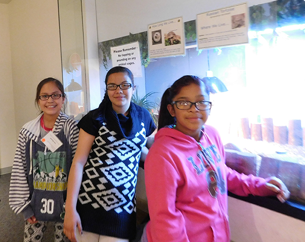 Elementary school girls at OMSI for 2016 Elementary School event.